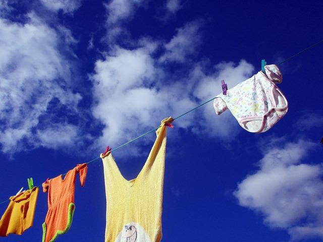 clothes-line-2205055_640
